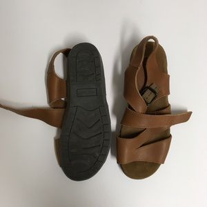 Marsh landing leather sandals
